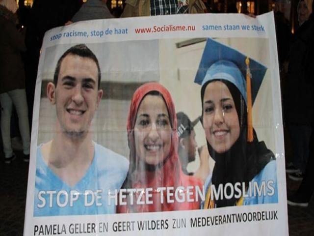 """Üç Müslüman gencin öldürülmesinin nedeni """"İslamofobi"""""""