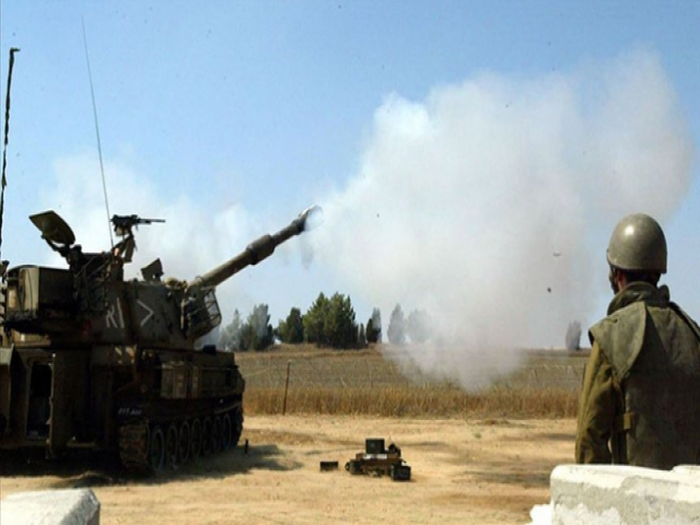 İsrail'den Gazze'nin 2 noktasına tank atışı