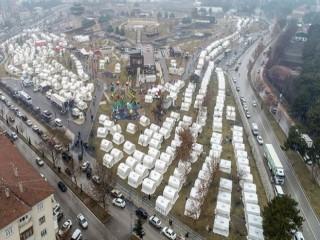 Depremzedeler için toplanan yardım 86 milyon lirayı aştı